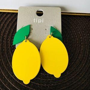 Jewelry - Adorable Lemon 🍋Drop post Earrings
